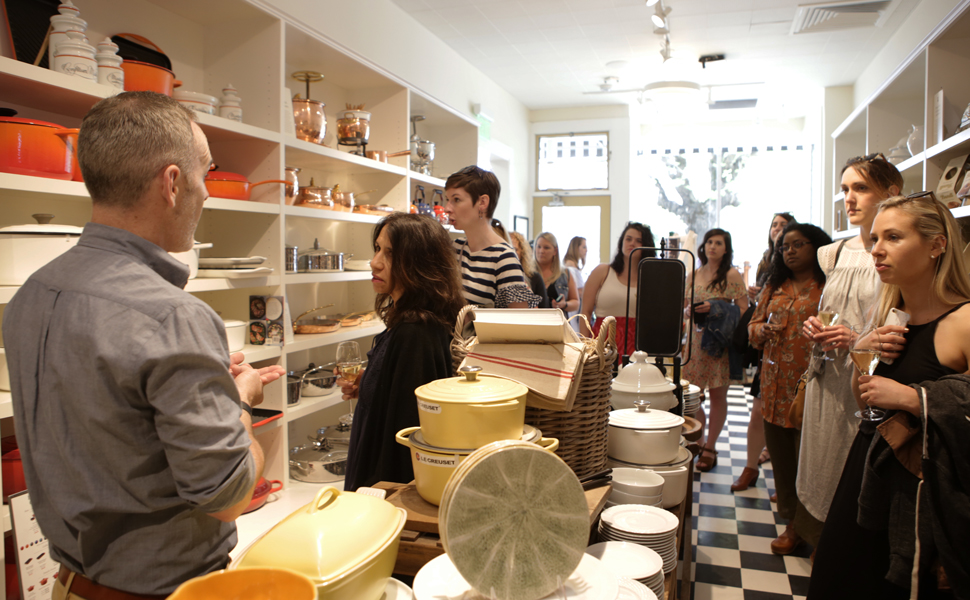 Influencers and Editors shopping culinary products in a store